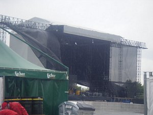 An empty Hessentag stage in the rain yesterday (Picture by Valerie)