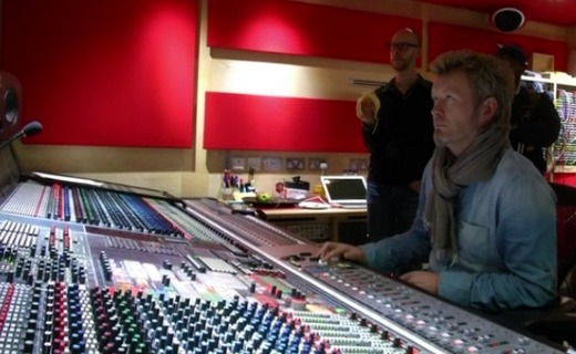 Magne at the mixing desk