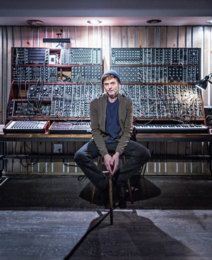 Paul in front of the modular synth system in his new studio earlier this year, before the studio had been completed (Picture from Dagbladet)