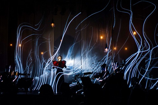 Apparatjik in Bergen, with striking visuals by Void (Picture by Thor Brødreskift)